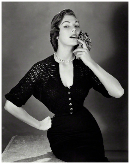 Fiona (nee Campbell-Walter), Baroness Thyssen John French,1951
