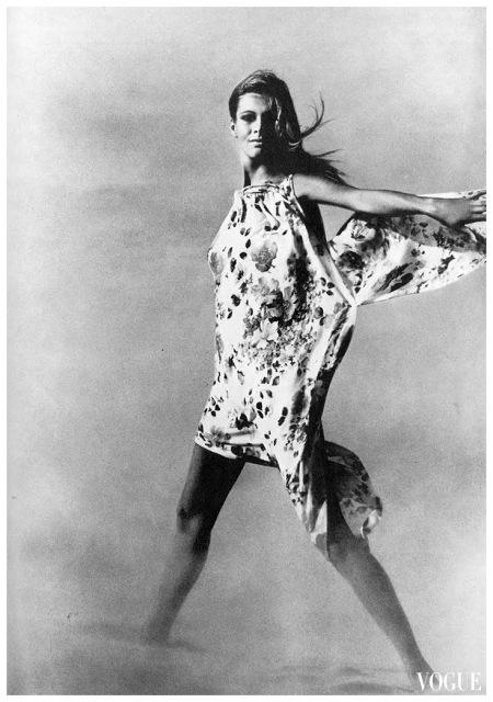 John Cowan, Vogue UK, maggio 1967