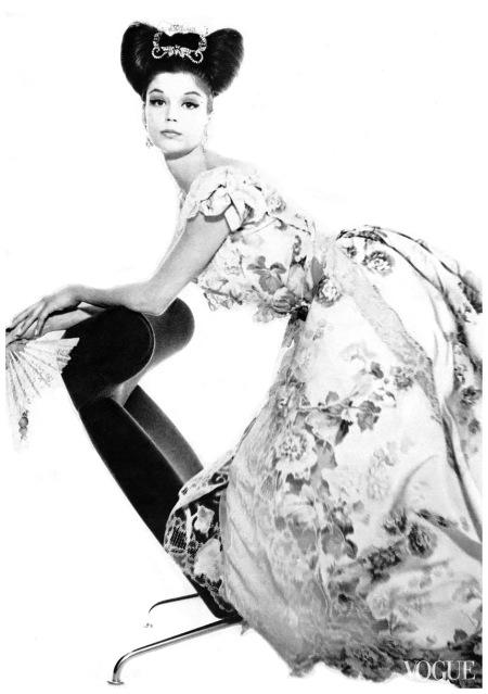Karen Radkai, Vogue, April 15, 1962 Karen Radkai, photographer, American, 1919-2003,
