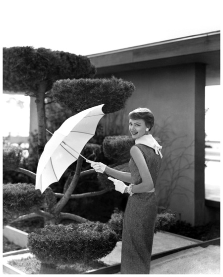 Karen Radkai Vogue April 1954 Celebrated landscape architect Thornton Ladd created this garden for his mother's Pasadena, California, home.