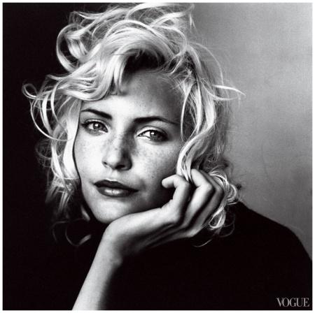 Nadja Auermann Photo Irving Penn, Vogue, July 1994