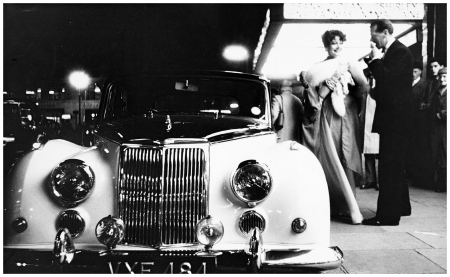 Pagan Grigg and Robin Tattersall, Armstrong Siddeley…, 1958 Photo Norman Parkinson
