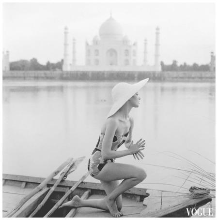 Taj Mahal, India, VOGUE 1956 Photo Norman Parkinson
