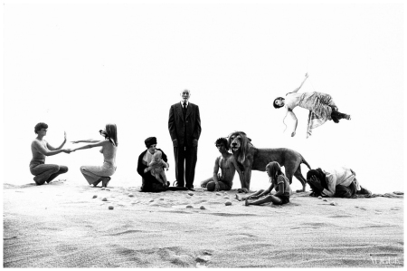 The Life and Times of Sigmund Freud, a scene from the play by Robert Wilson Bert Stern, Vogue, August 1970 b copia