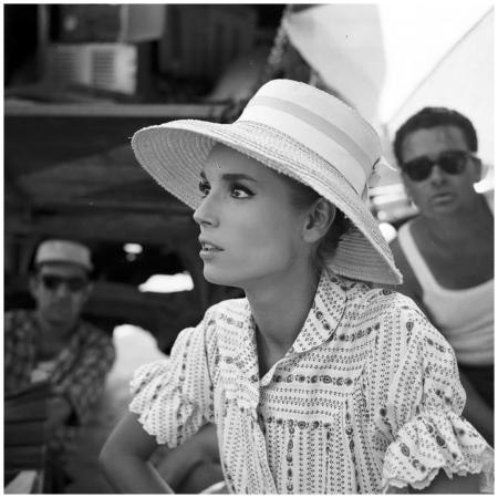 Elsa Martinelli sul set di %22La notte brava%22 (Mauro Bolognini, 1959) c