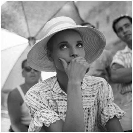 Elsa Martinelli sul set di %22La notte brava%22 (Mauro Bolognini, 1959)