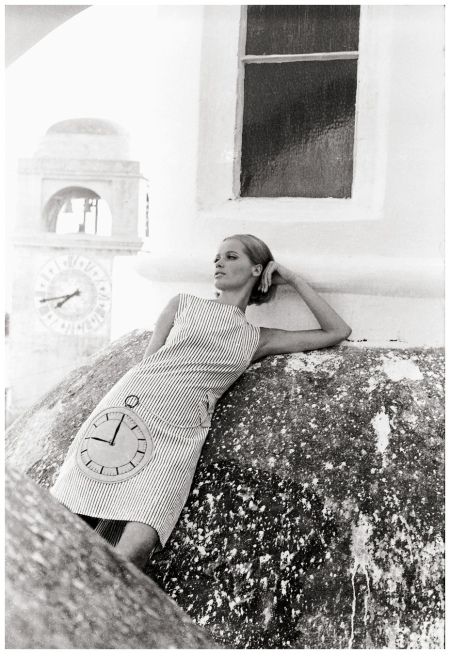 Veruschka - Photo Johnny Moncada Mid 60s e