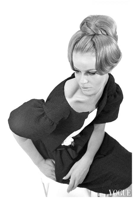 Veruschka Von Lehndorff - Vogue 1962 - 64 Photo Johnny Moncada Archive-d