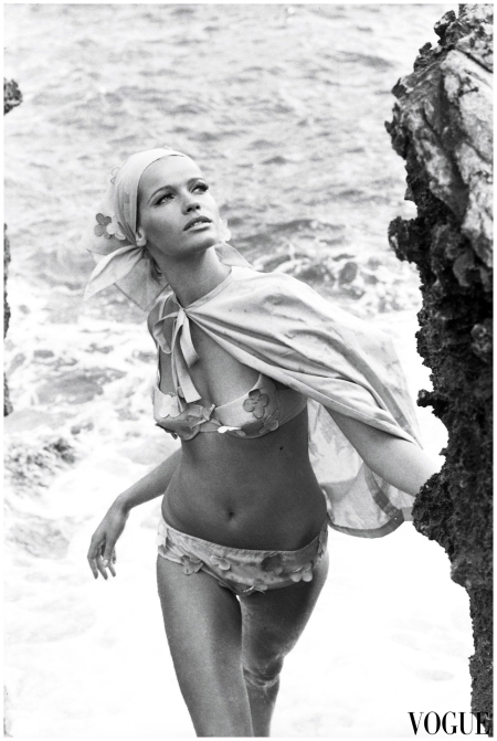 Veruschka Von Lehndorff - Vogue 1962 - 64 Photo Johnny Moncada Archive