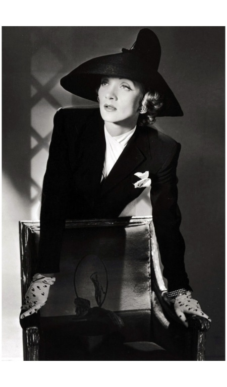 Marlene Dietrich, New York, 1942
