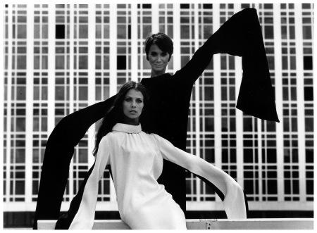 Mode ˆ la Tour Montparnasse - 1967 © Pierre Boulat / Cosmos