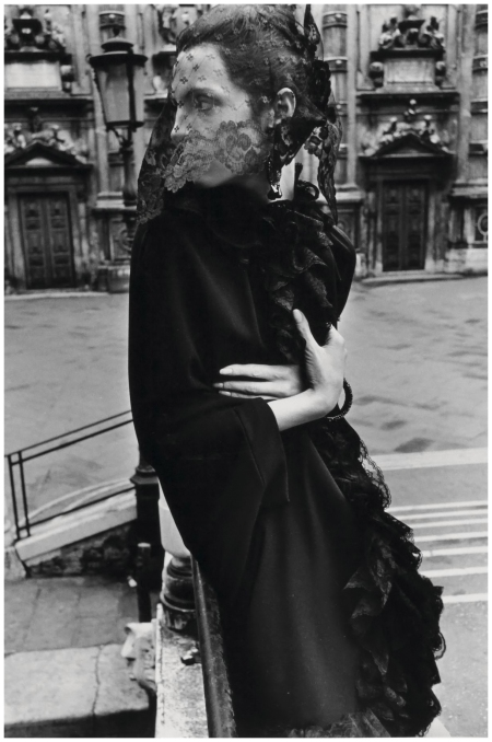 Veiled Woman in Venice (Mirella Petteni), Fashion study for Queen Magazine, 1966 Photo Helmut Newton