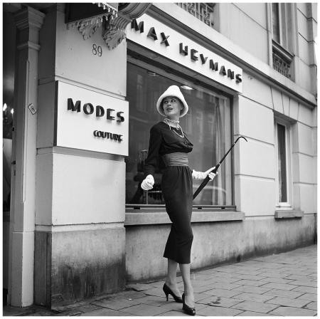 Couture Max Heymans 1956, Rik de Nijs, PC Hooftstraat 89, Amsterdam Photo Hans Dukkers