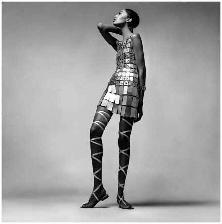 Donyale Luna, wear Paco Rabanne, nyc, dec 6, 1966 Photo Richard Avedon