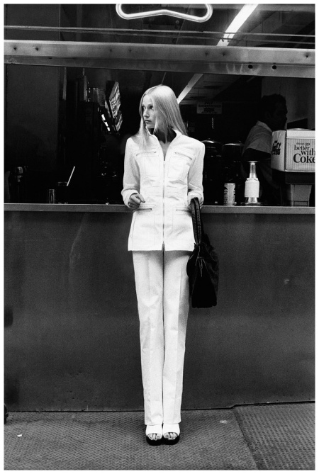 Edie Baskin, in Yves Saint Laurent Vogue 1972 Photo Barry Berenson