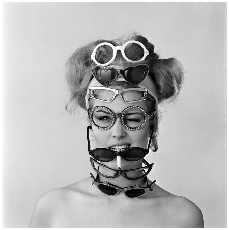 Els Kaptijn 1964 eyeglasses Photo Hans Dukkers