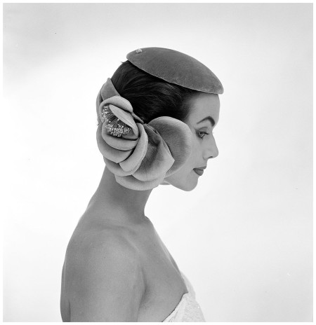 Evelyn Orcel, Couture Dick Holthaus 1955 Photo Hans Dukkers