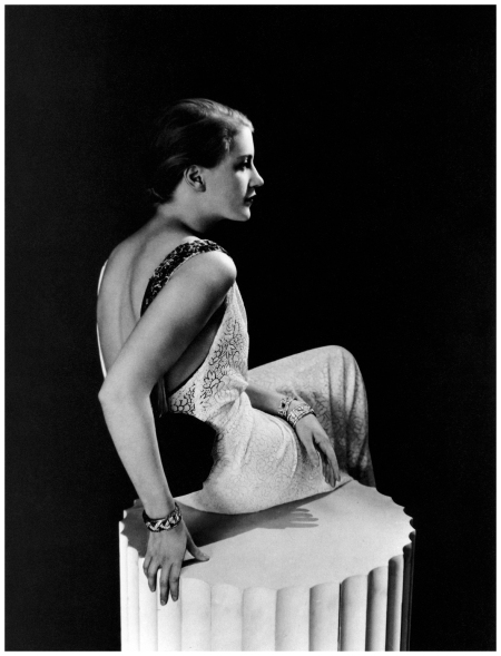 Lee Miller in Lanvin, photographed by George Hoyningen-Huene, 1932