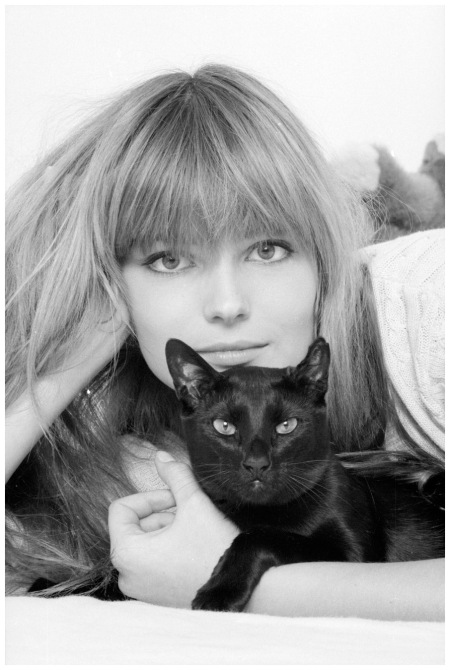 Paulina Porizkova The supermodel in 1985, competing to see who can look more feline Neal Preston:Corbis