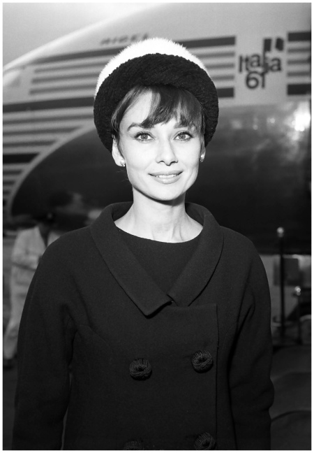 Audrey Hepburn tops beauty poll