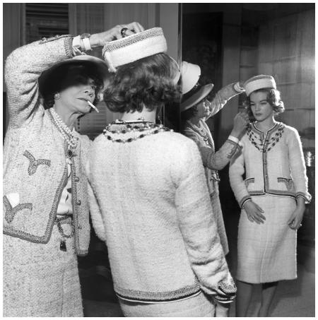 Coco Chanel in her atelier Romy Schneider 1960 Gamma-Keystone