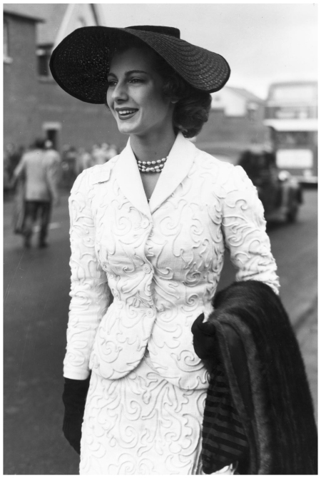 Suit stole Royal Ascot 1953 Keystone