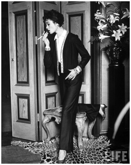 Current fashion influenced by the 20's Hollywood 1952 Photo Gordon Parks