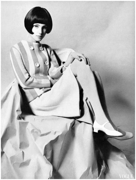 Benedetta Barzini Photo Ugo Mulas, Vogue Italia Luglio-Agosto 1966