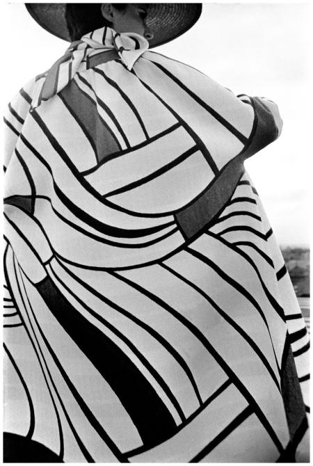 Mondrian Fashion by Saint-Laurent Madrid, 1967 Photo Frank Horvat