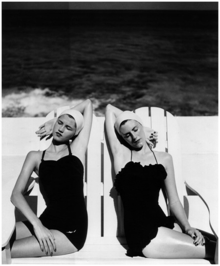 Twin at the Beach 1955 Photo Louise Dahl-Wolfe b