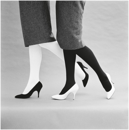 Black and white shoes, 1959 - Photo John French