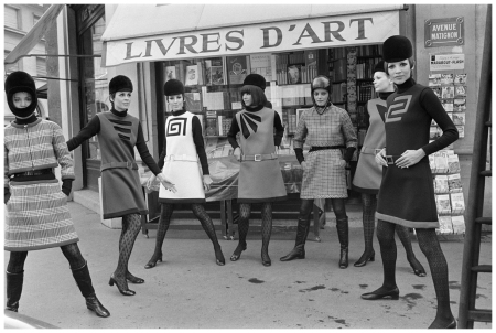 1967: Pierre Cardin fashion collection