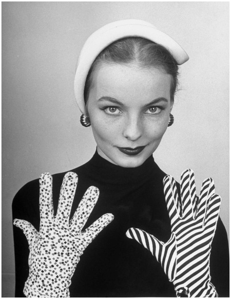 Cover of the Feb. 25, 1952, issue of LIFE. The coverline of the issue %22News in Gloves.%22
