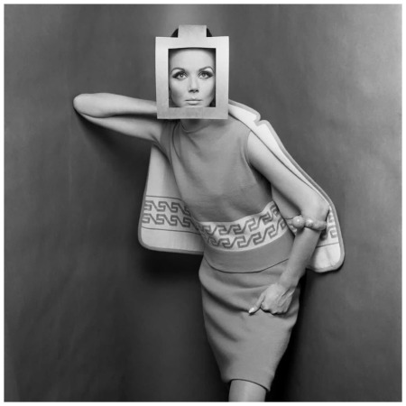 Marylu Bergher 1964 Cardboard headdress Photo Gimpaolo Barbieri