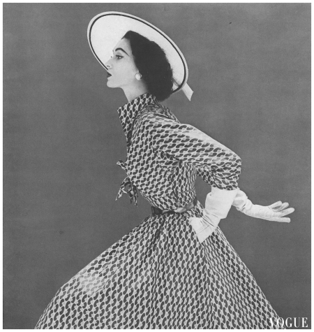 Photo Calhoun, Vogue, March 15, 1952