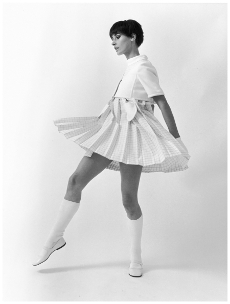 Astrid Schiller in a mini dress by André Courrèges. Paris 1965 Photo F.C.Gundlach