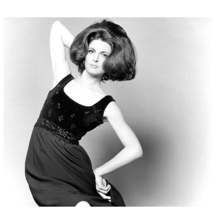 Mirella Petteni posing 1962 Photo FC Gundlach
