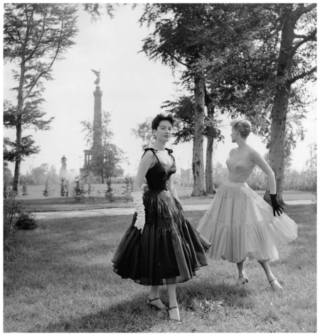Summer wind Like playng With Lace 1954 Photo F.C.Gundlach