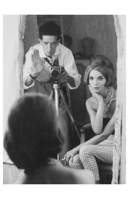 Pierluigi Praturlon (1924-1999) - Self-portrait con Elsa Martinelli, ca. 1970