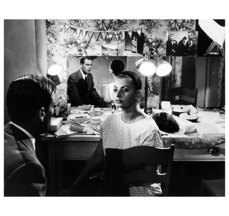 "Pierluigi Praturlon (1924-1999) - Sophia Loren e Robert Vagner ""I sequestrati di Altona"", 1962"