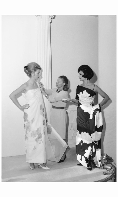 Miss Carven Preparing Her Fashion Show In 1964
