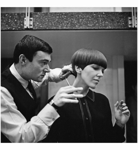 Vidal Sassoon gives Mary Quant a hair cut photo Ronald Dumont:Getty Images