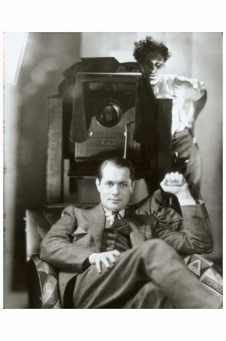 George Hurrell photographing Robert Montgomery at MGM, 1937