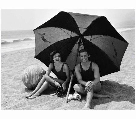Joan Crawford and Douglas Fairbanks JR. Clarence Sinclair Bull:JOHN KOBAL FOUNDATION:GETTY IMAGES.