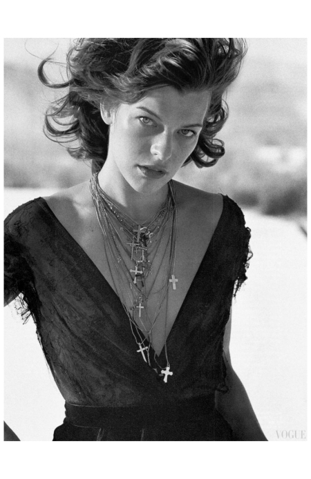 "Milla Jovovich for Vogue Italia October 2005 ""Mojave Desert, California, USA, 2005"" Photo Peter Lindbergh"