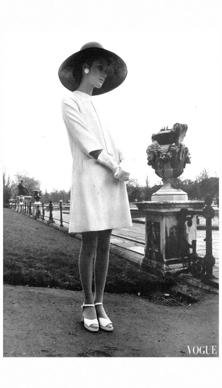 Moyra Swan June 1967 - UK Vogue Photo David Montgomery