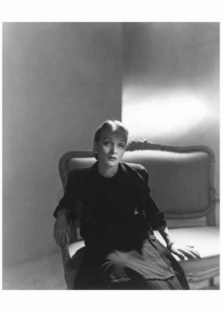 Marlene Dietrich - 1947 Photo Horst P. Horst