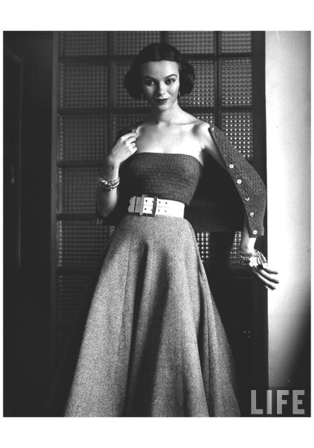 Model Sandy Brown 1951 Photo Nina Leen b